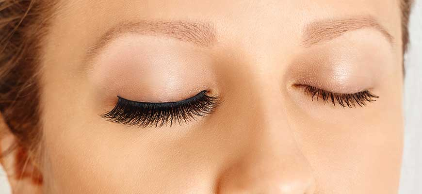 Lash-Lift-vs-Extension-yumi-lashes